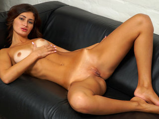licking pussy in panthose threesome