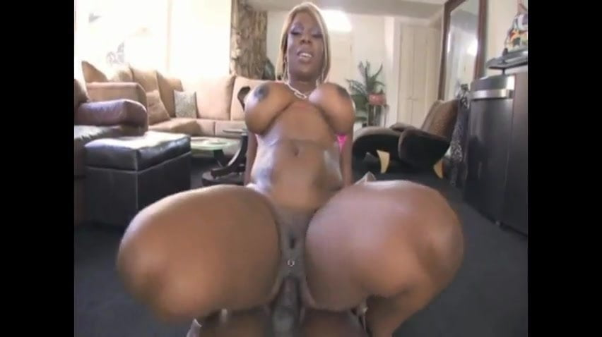 naked bubble ass bounce