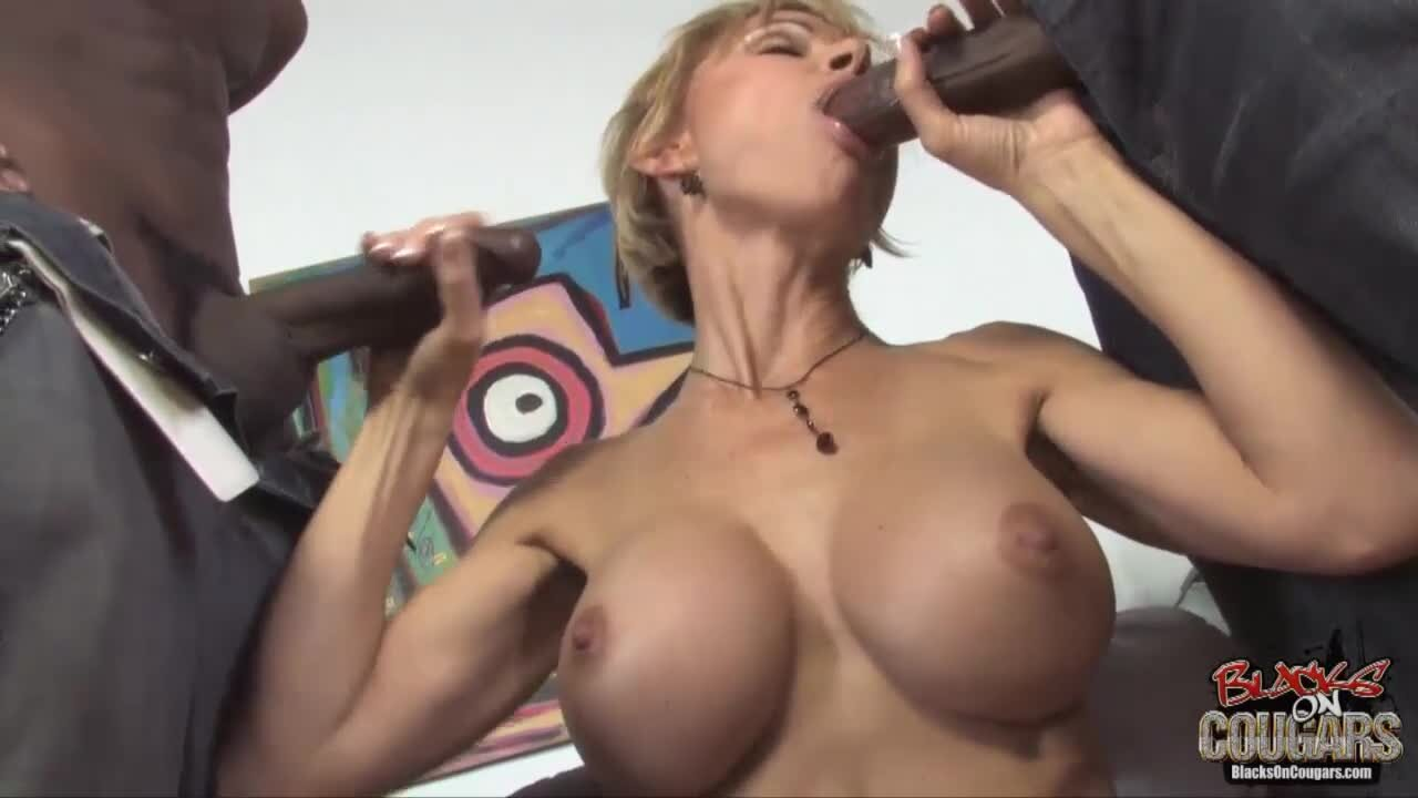 tiny pussies getting fucked free pics